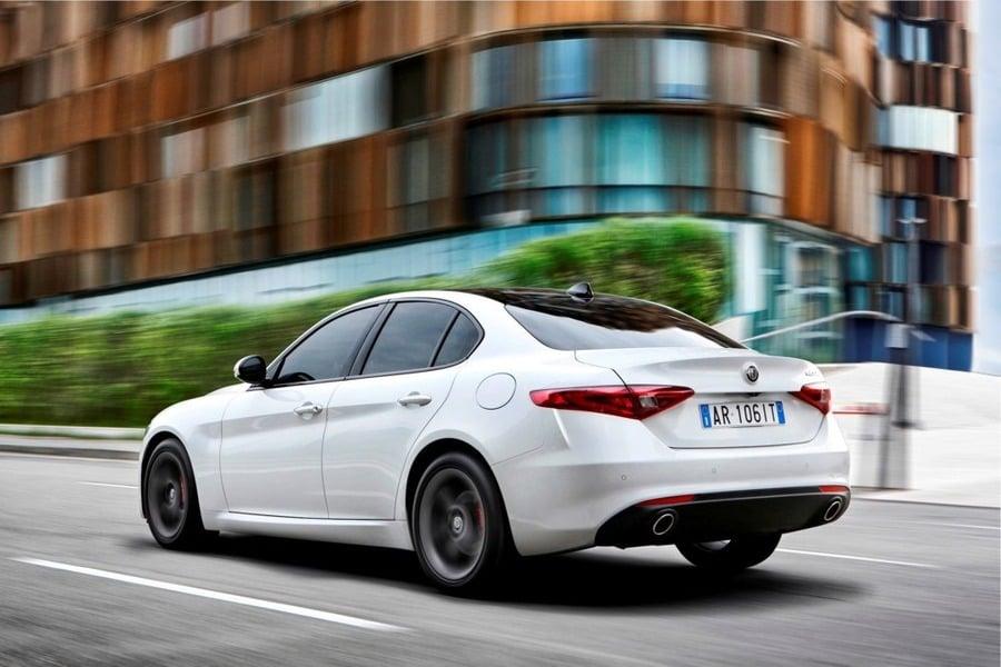 Alfa Romeo Giulia 2.2 Turbodiesel 180 CV AT8 AWD Q4 Super (4)