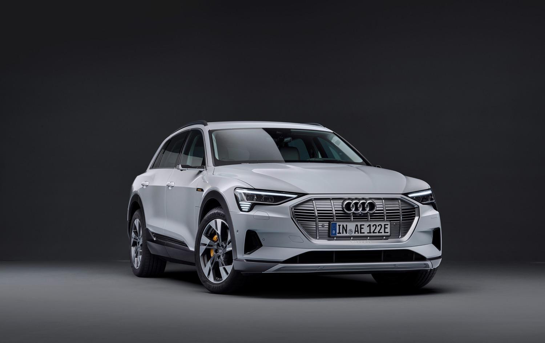 Audi e-tron, in arrivo la 50 quattro da 313 CV