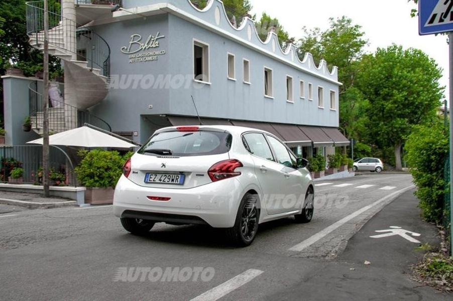 Peugeot 208 82 5 porte Active (5)