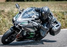 Kawasaki H2 SX SE+ TEST: 200 cv, 300 km/h. La chiami touring?