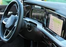 Volkswagen GOLF VIII | Ecco gli interni (e non solo)