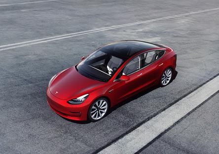 Tesla Model 3: provata e recensita dai Galebordons [video]