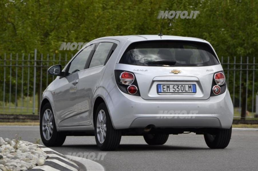 Chevrolet Aveo (4)