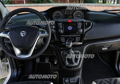 Lancia Ypsilon 1.2 69 CV 5 porte GPL Ecochic Gold (012018