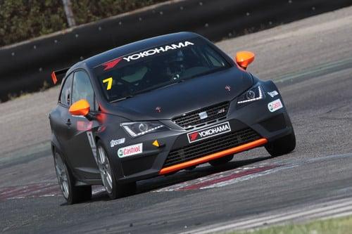 Seat Motorsport 2016: ecco la Leon ST TCS (5)