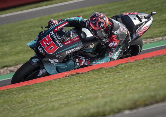MotoGP 2019 a Silverstone. Fabio Quartararo leader del warm-up