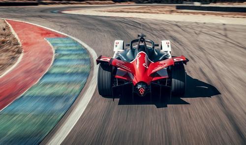 Formula E: Porsche svela la 99X Electric (5)
