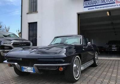 Corvette d'epoca del 1964 a Castelmassa