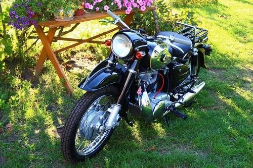 Honda MF 350 Dream: una moto (quasi) unica all'asta (4)