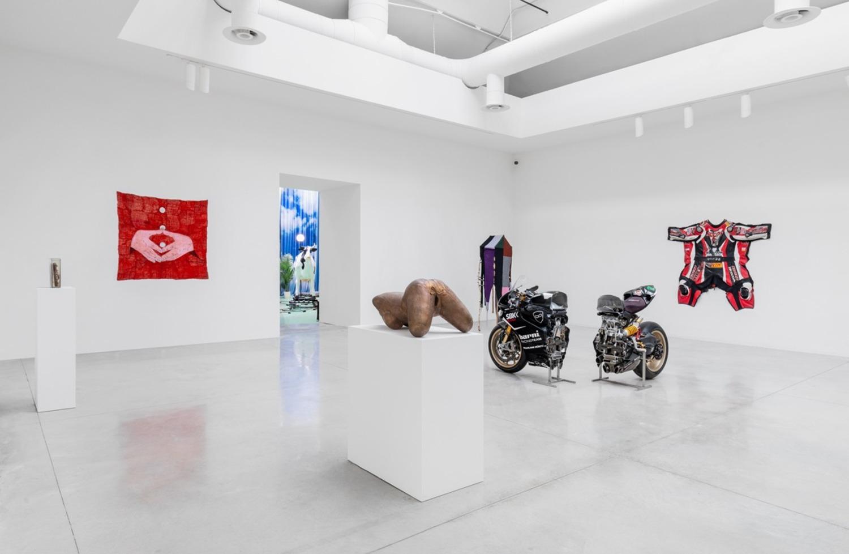 Biennale di Venezia: Alexandra Bircken, l'artista che trasforma le moto in sculture