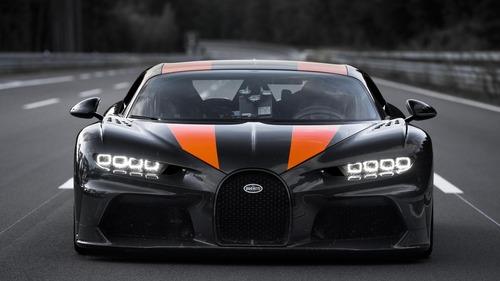 """Bugatti Chiron, gomme """"spaziali"""" per il record di velocità  (9)"""