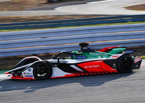 Formula E: Audi, tolti i veli alla e-tron FE06  (3)