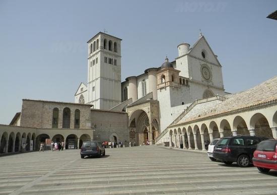 Viaggio in Umbria: Policoro – Assisi e dintorni