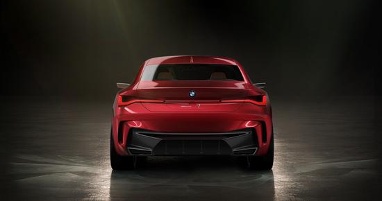 il posteriore della BMW Concept 4