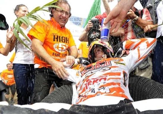Gli scatti del trionfo KTM nel Mondiale di Motocross