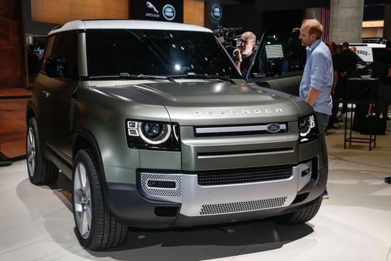 Una delle star del Salone di Francoforte 2019: la Land Rover Defender 2020