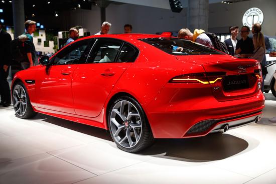 Finalmente dal vivo la nuova Jaguar XE