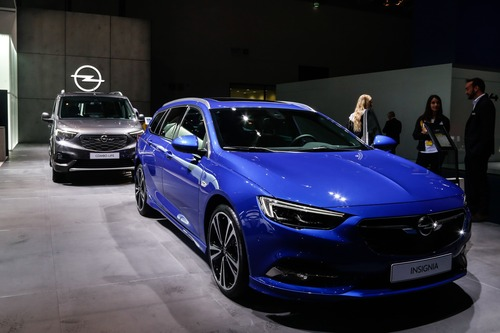Opel Corsa-e e Grandland Hybrid: scopritele con la realtà aumentata a Francoforte 2019 (5)