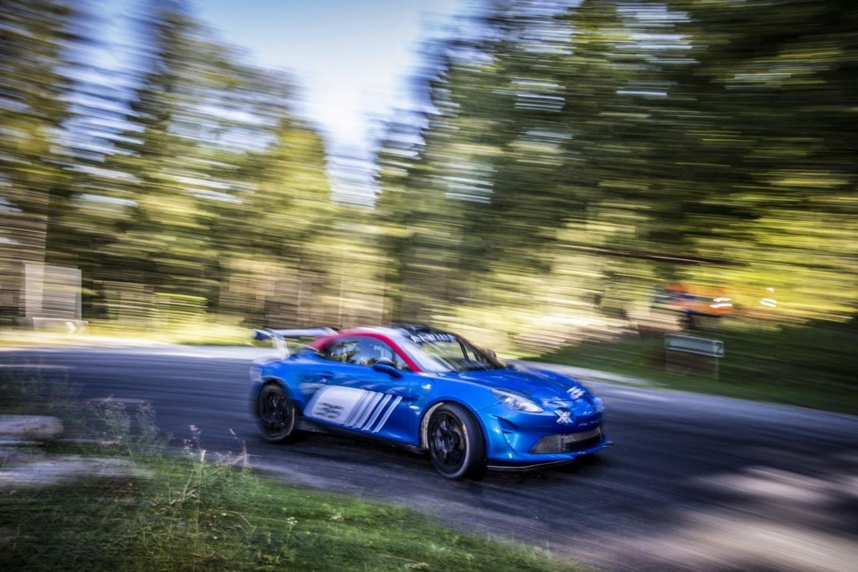 Alpine A110 Rally, 300 CV per correre come ai vecchi tempi