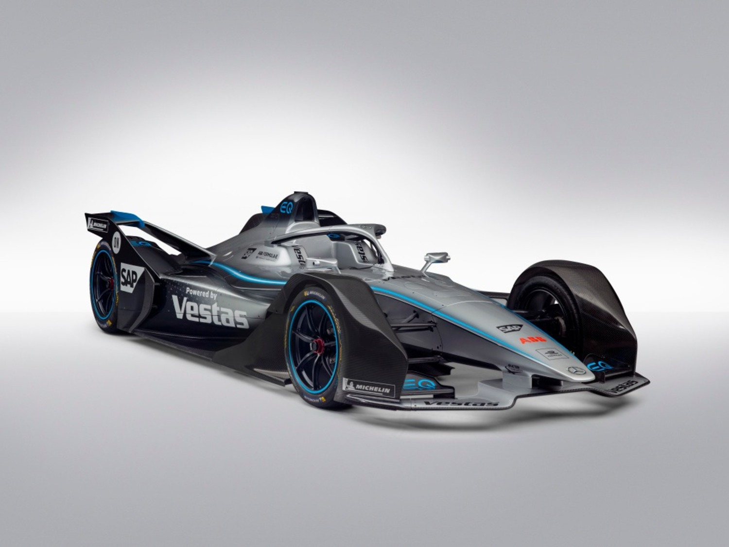 Formula E: la nuova Mercedes EQ Silver Arrow 01