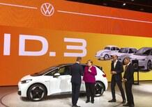 """IAA in calo e industria dell'auto che tentenna? Angela Merkel """"sostiene"""" ma pochi si fidano"""