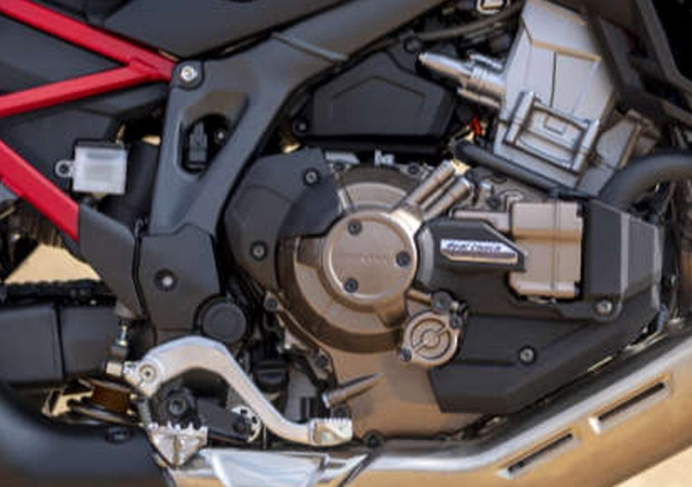 Honda Africa Twin CRF 1100 L DCT (2020) (2)