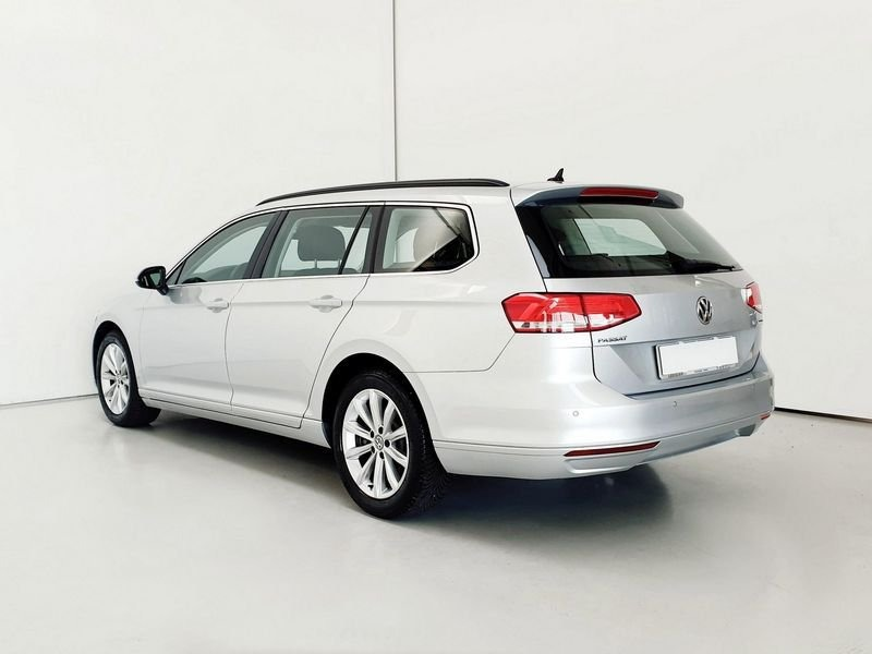 Volkswagen Passat Variant 2.0 TDI 4MOTION Business BlueMotion Tech. (5)