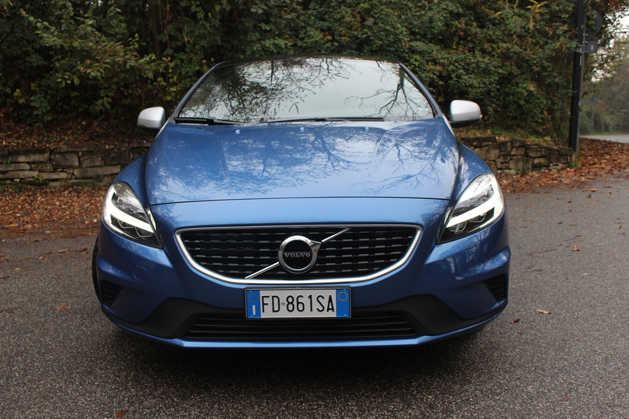 Volvo V40 T2 Geartronic Business Plus (3)