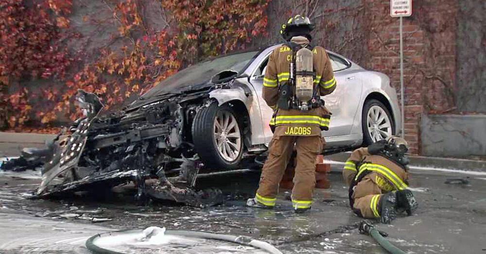 I veicoli elettrici sono più pericolosi di quelli tradizionali?