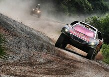 Tre Peugeot 2008 DKR16 al Silk Way Rally