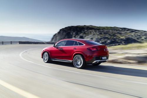 Mercedes GLE Coupé 2020: primo contatto con il SUV sportivo (3)