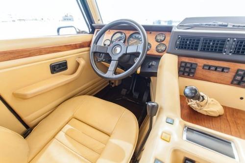 Lamborghini LM002: la nonna della Urus va all'asta (6)