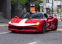 Ferrari SF90 Stradale | Bellissima sulle strade del Giappone con Binotto e Leclerc