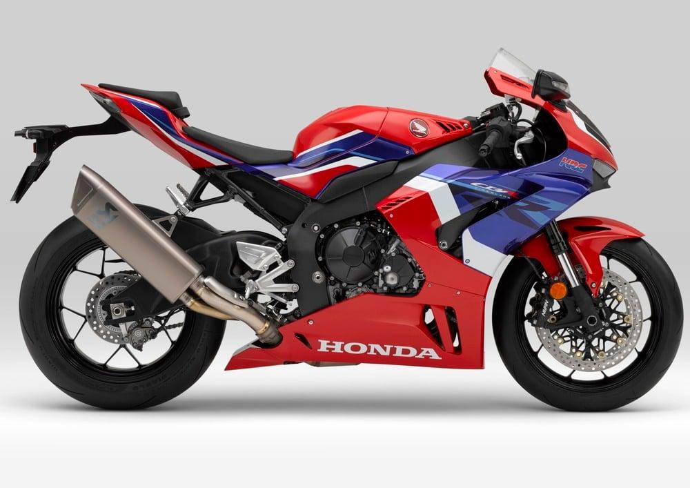 Honda CBR 1000 RR-R Fireblade (2020) (2)