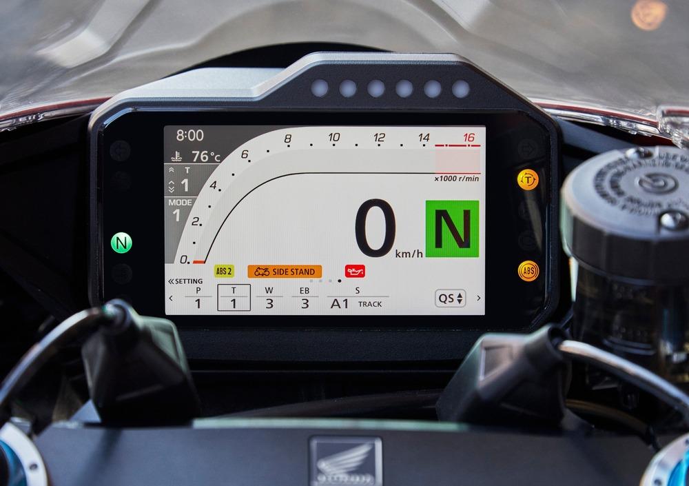 Honda CBR 1000 RR-R Fireblade (2020) (4)