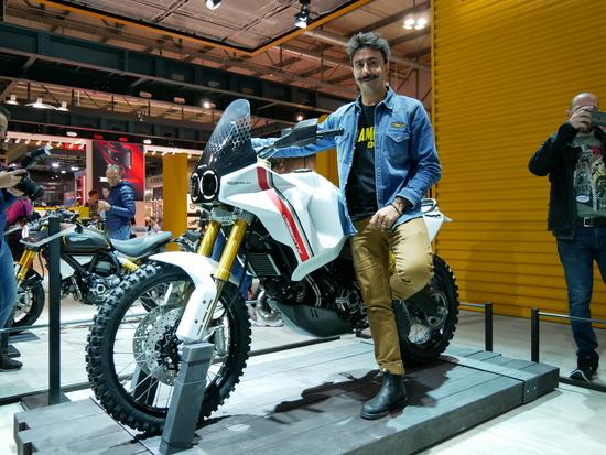 Rocco Canosa e il Concept DesertX