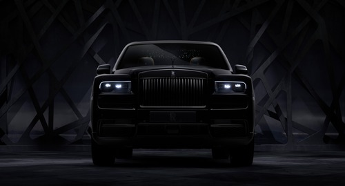 Rolls-Royce Cullinan Black Badge, look total black per il SUV di lusso (2)