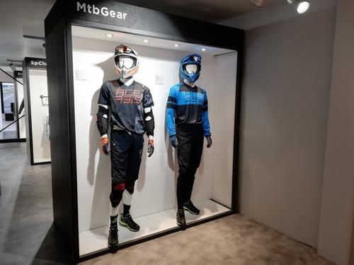 Acerbis: nuovo abbigliamento per cross, touring e bici a EICMA 2019 (3)