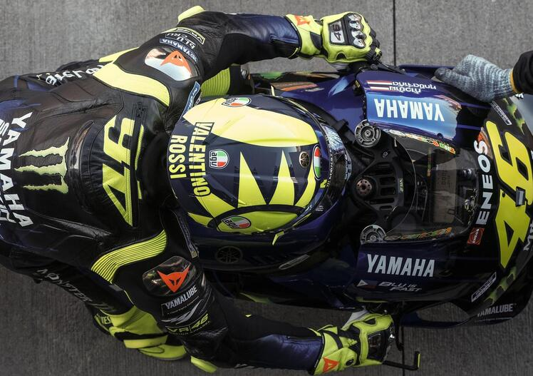 MotoGP 2019. Valentino Rossi: Alex Marquez in HRC? Non ruberebbe nulla