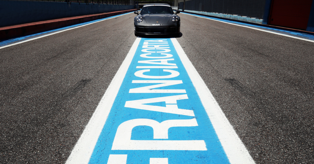 Porsche ha scelto Franciacorta come sede dell'Experience Center