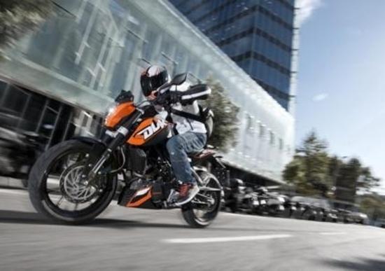 Con la Duke 200 KTM sbarca in India