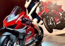 Ducati Panigale V4 Superleggera: arrivano prezzo e foto!