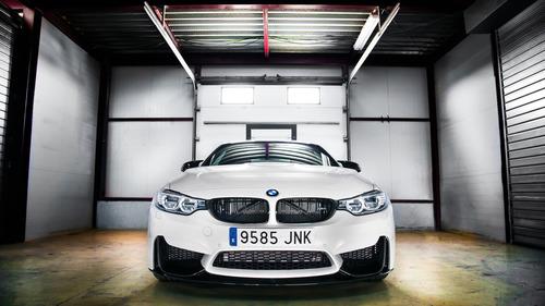 BMW M4 Competition Sport: esclusività spagnola (3)