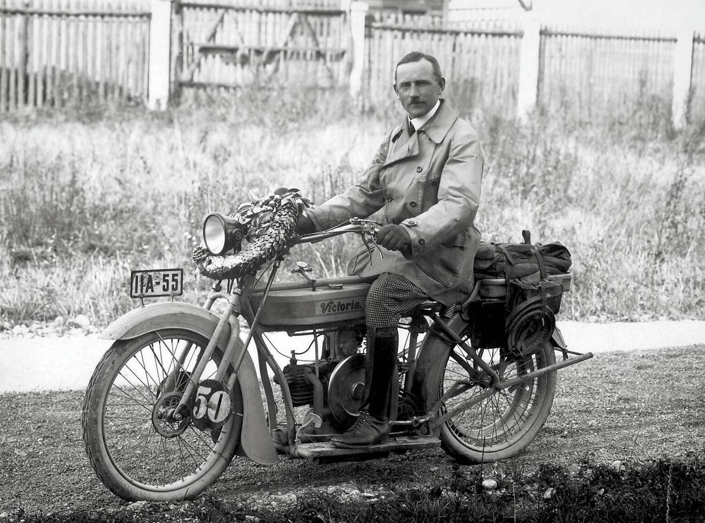 BMW: 100 anni fa nasceva il primo motore boxer. In anticipo sulla R32