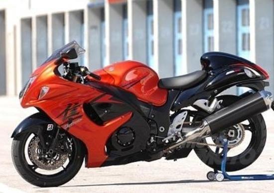 Suzuki alla conquista del mercato cinese con le maxi moto