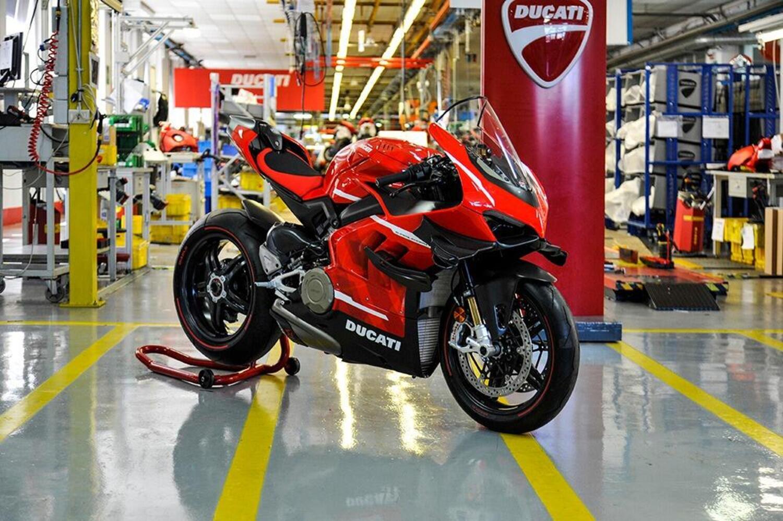 Ducati Superleggera V4, la produzione è iniziata: 100.000 euro e 234 cavalli