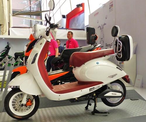 Lo scooter elettrico Aima