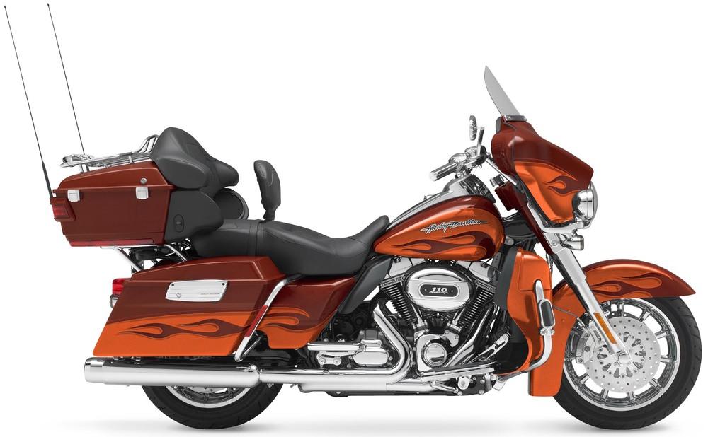 La cilindrata dei grossi bicilindrici Harley-Davidson nel corso degli anni è progressivamente aumentata. Nel Twin Cam 110 della CVO Electra Glide Custom ogni cilindro ha una capacità di ben 901 cm3