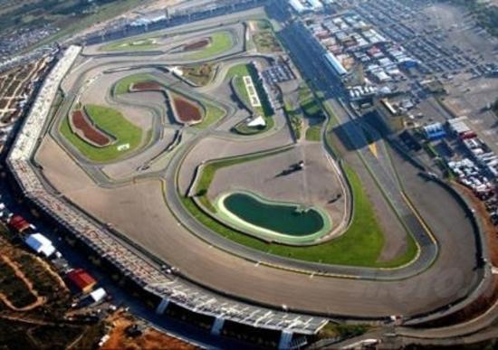 MotoGP, ultimo atto a Valencia