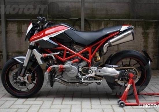 Le Strane di Moto.it Ducati Hyper Evo Testastretta